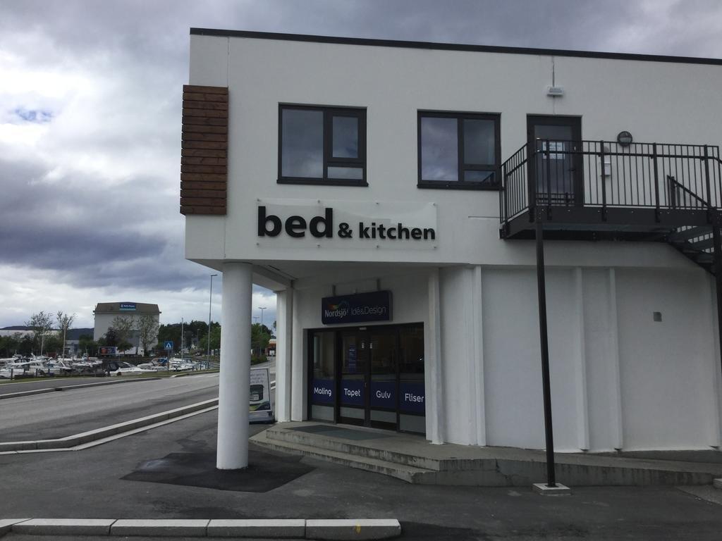 bed-&-kitchen-ulsteinvik